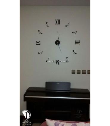 عکس ارسالی ساعت دیواری هنری رنگ مشکی با عقربه معمولی