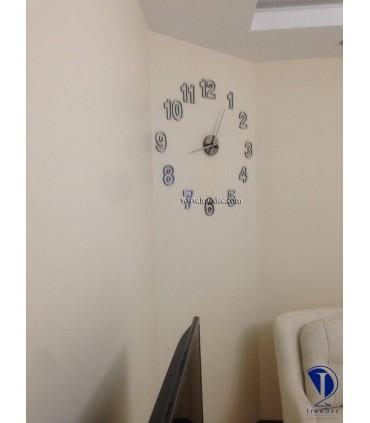 نمونه نصب شده ساعت دیواری مدرن رنگ نقره ای با عقربه معمولی