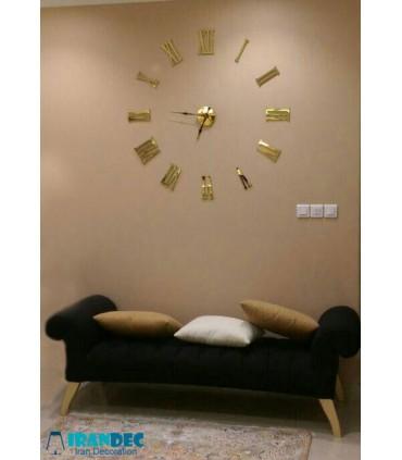 نمونه نصب شده ساعت دیواری مدرن رنگ طلایی با عقربه کلاسیک